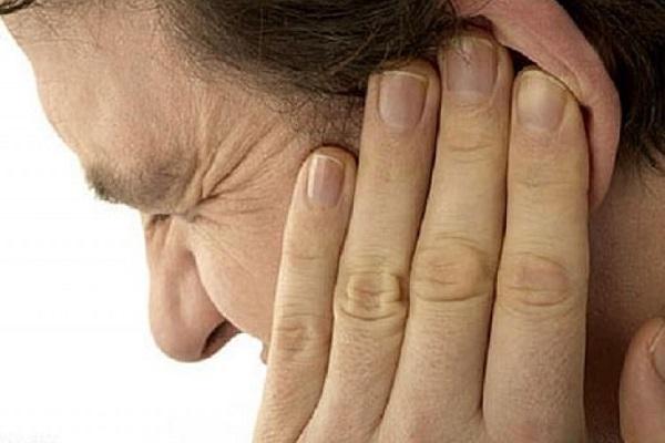 ушной клещ у человека